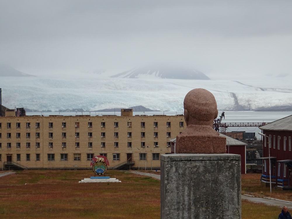 Lenin-ghiacciaio-Nordenskiold-Pyramida-Svalbard