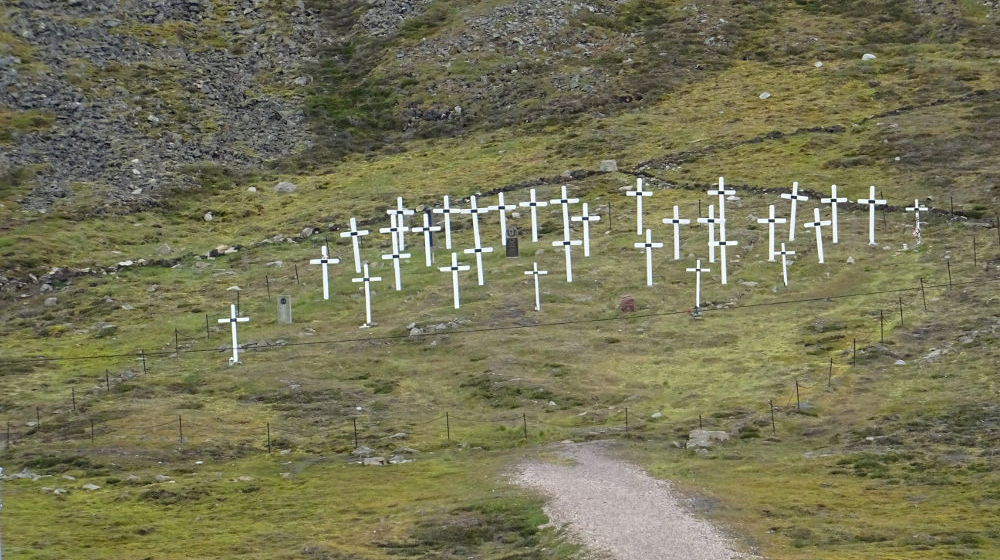 Svalbard Islands - Longyearbyen - white crosses Spanish influence