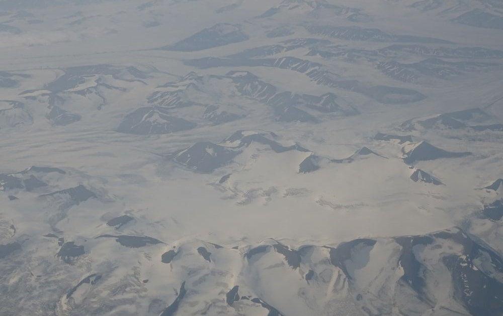 Longyearbyen-Svalbard-da-aereo