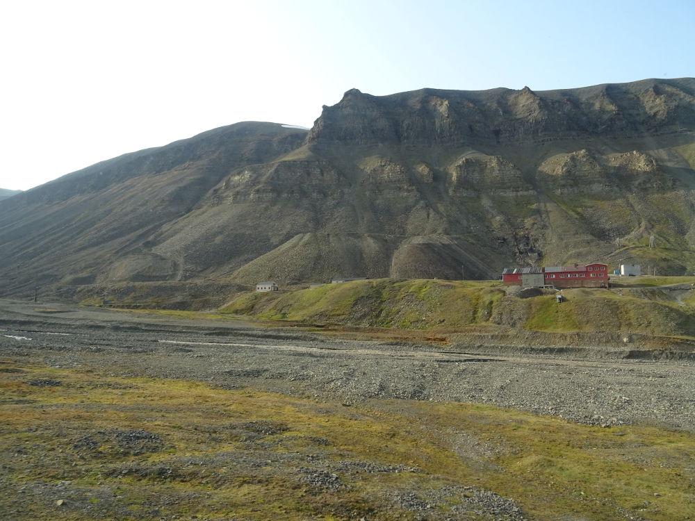 Longyearbyen-Svalbard-paesaggio6