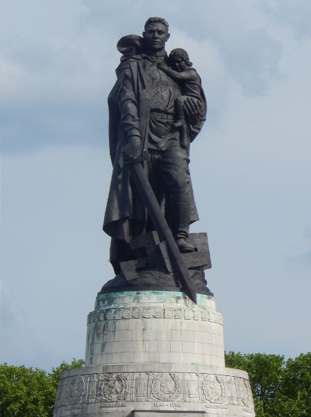 Germany - Berlin - Treptower Park - CCCP Soldier