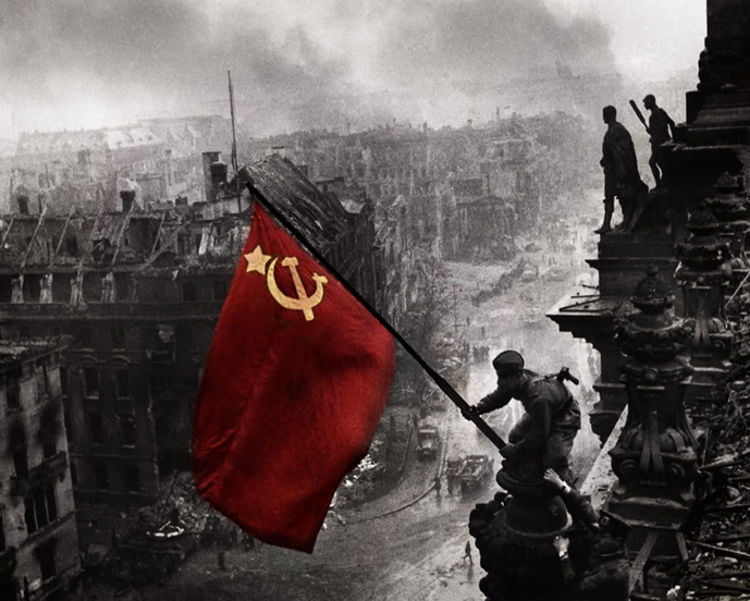USSR-flag-on-reichstag