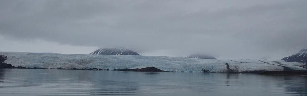 ghiacciaio-Nordenskiöld-Pyramida-Svalbard