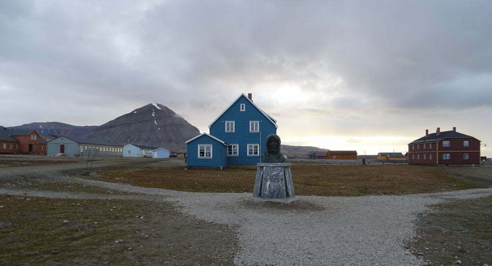 Svalbard Islands - Ny Ålesund - Amundsen
