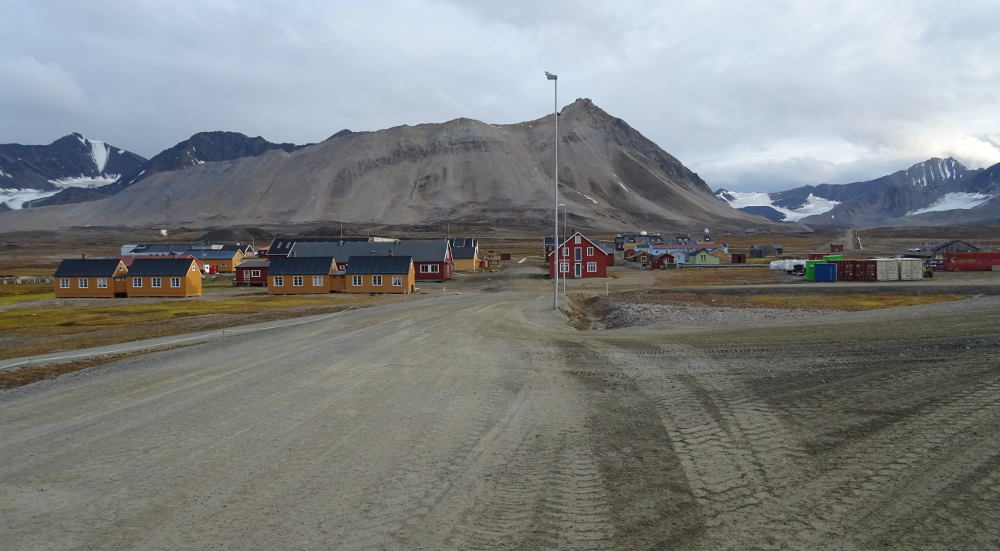 Svalbard Islands - Ny Ålesund - avenue