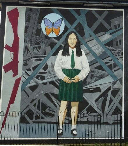 Ireland - Derry - Bogside - Annette McGavigan 14years 06/09/1971 murales