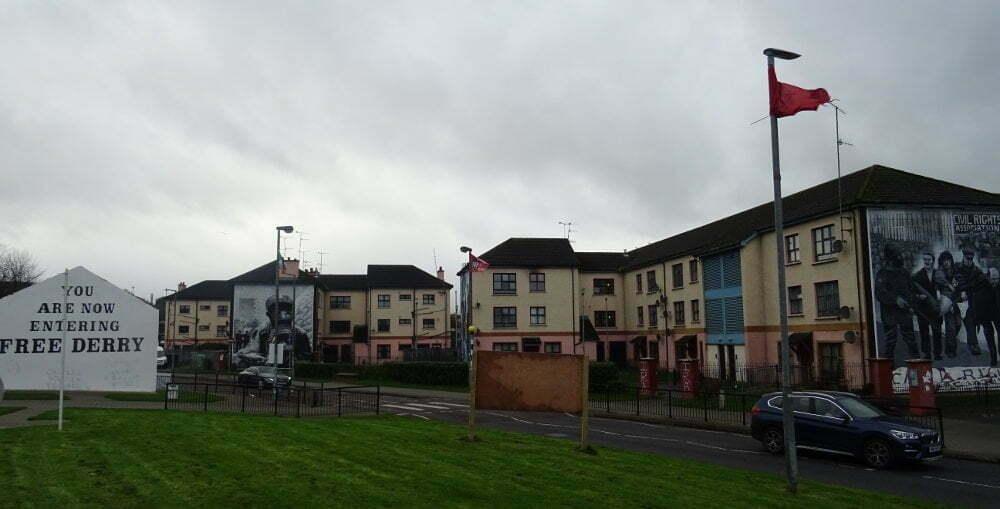 Irlanda - Derry - Bogside - free corner murales