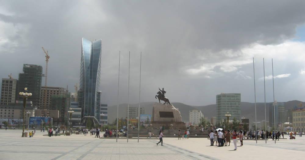 Mongolia - Ulaan Baatar - Piazza Sukhbaatar