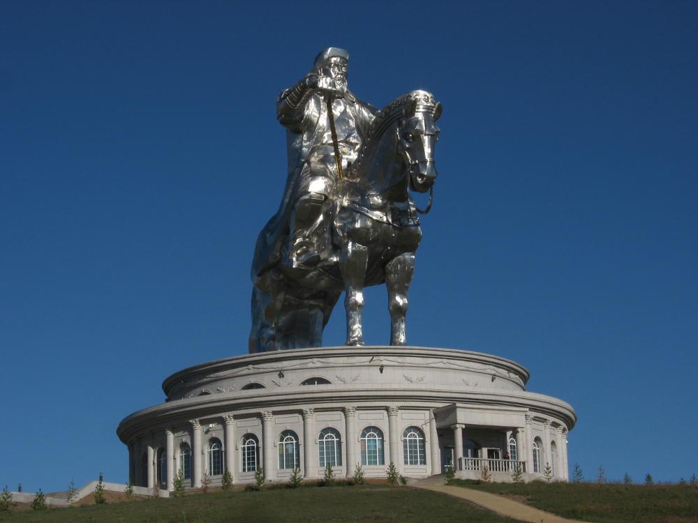Mongolia - monumento Gengis Khan