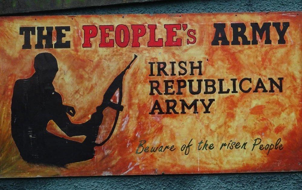 Derry-Bogside-murales-ira