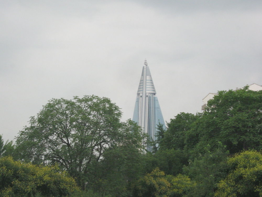Korea del Nord DPKR - Pyongyang - Ryugyong hotel