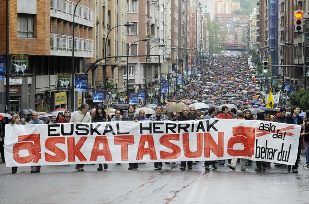 Basque Country - ETA - Euskal Presoak Euskal Herrira