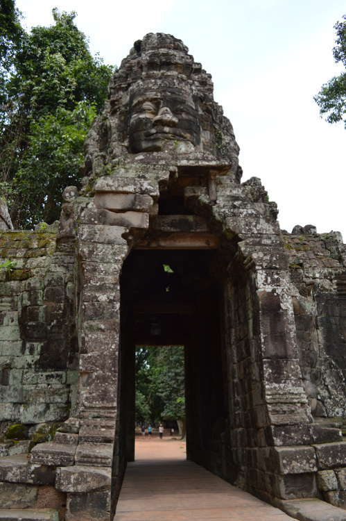 Cambodia - Angkor Thom - south gate