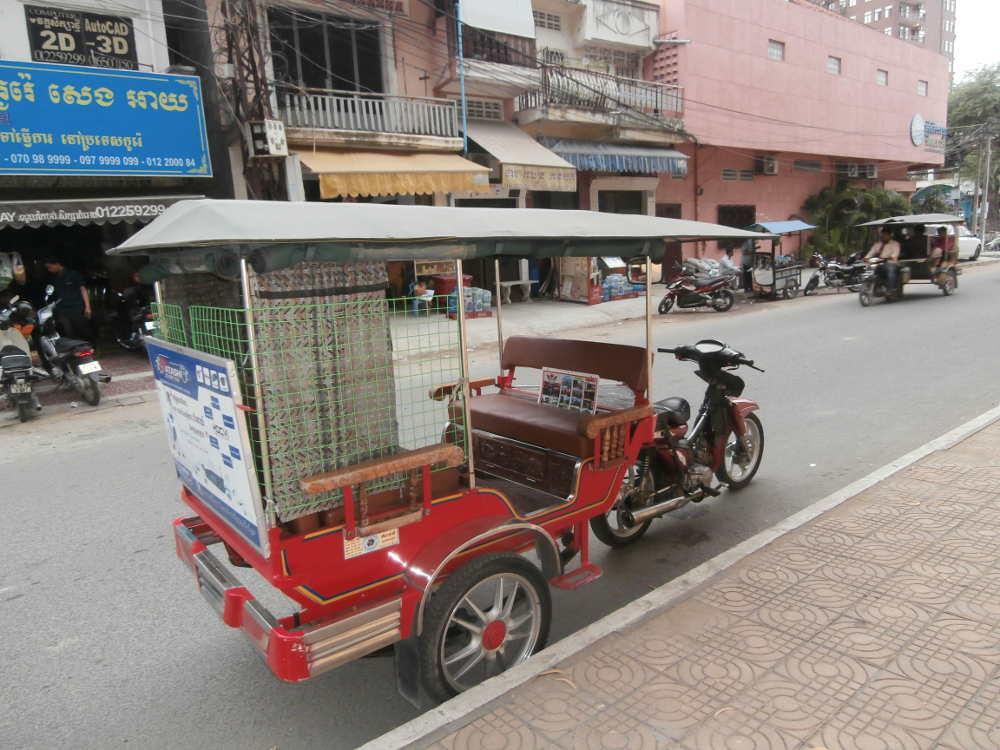 Cambodia - tuk tuk in Phnom Phen