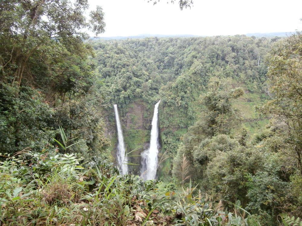 Laos - Paksong - Tad Fane Falls