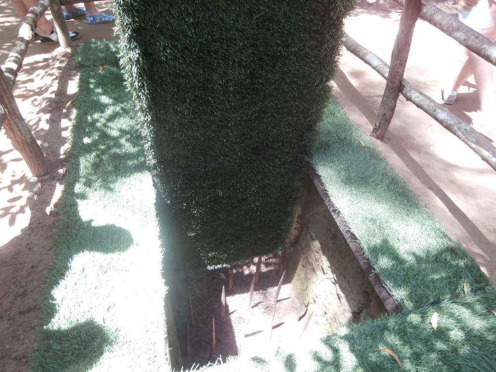 Vietnam - Cu Chi tunnel - Vietcong traps