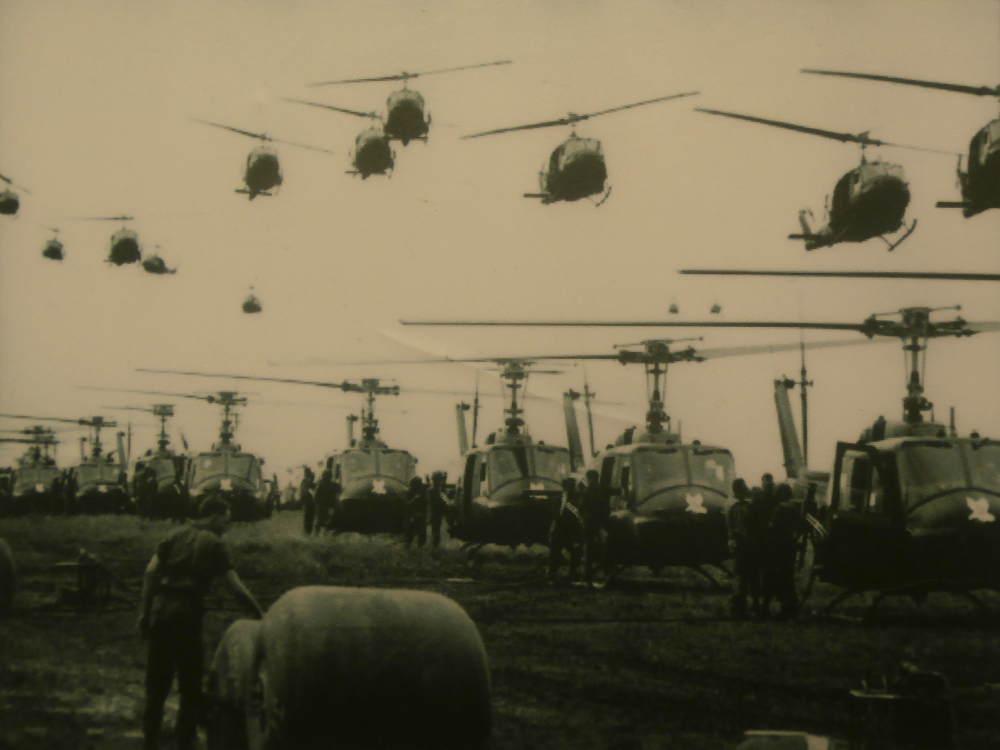 Vietnam - Ciudad Ho Chi Minh HCMC Saigon - Museo de Restos de Guerra - Fotos de helicópteros de EE. UU.