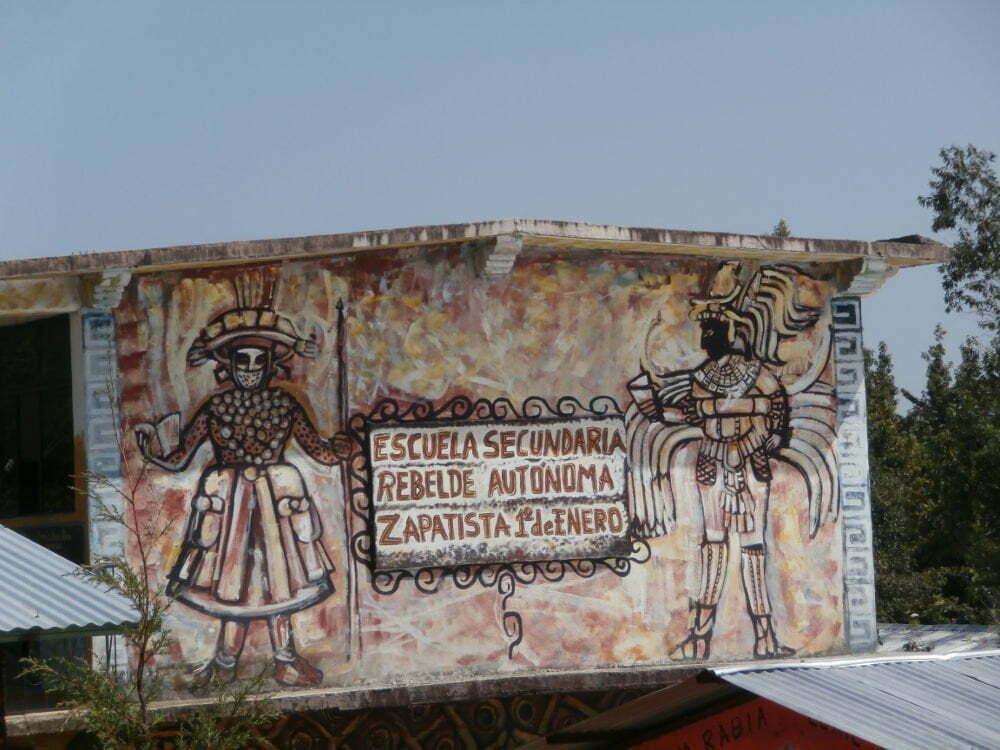 EZLN - Caracol Oventik - escuela secundaria