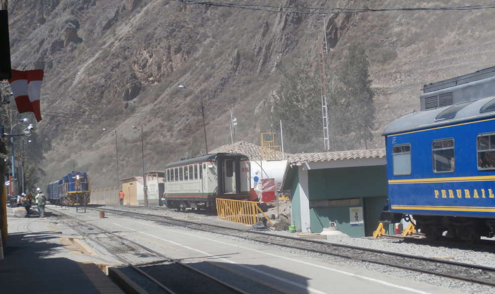 Peru - Perurail train to Machu Picchu at Ollantaytambo station