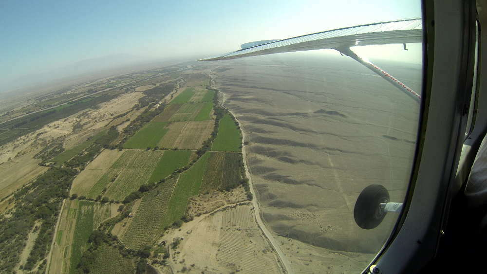Peru - Nazca - cultivated areas and desert