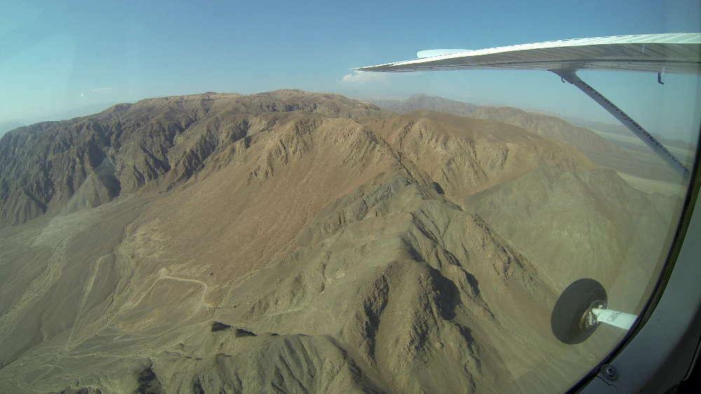 Linee di Nazca disegnate dalle colline?